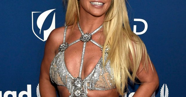Britney Spears Trolls Ex Justin Timberlake: I Look Like 'That Girl' From 'Cry Me a River' Music Video.jpg