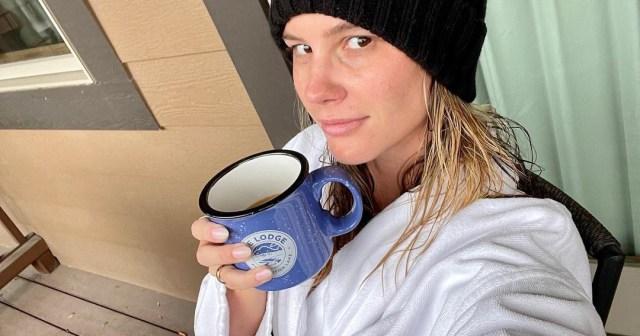 'RHOC' Alum Meghan King Is Living Her 'Best Life' on Montana Honeymoon With Husband Cuffe Owens.jpg
