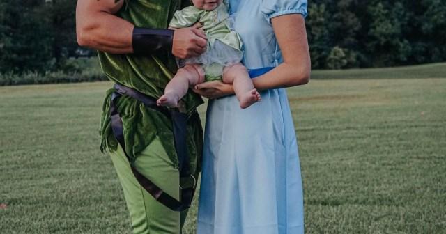 Sadie Robertson and Christian Huff Dress in 'Peter Pan' Costumes for Daughter Honey's 1st Halloween: Pics.jpg