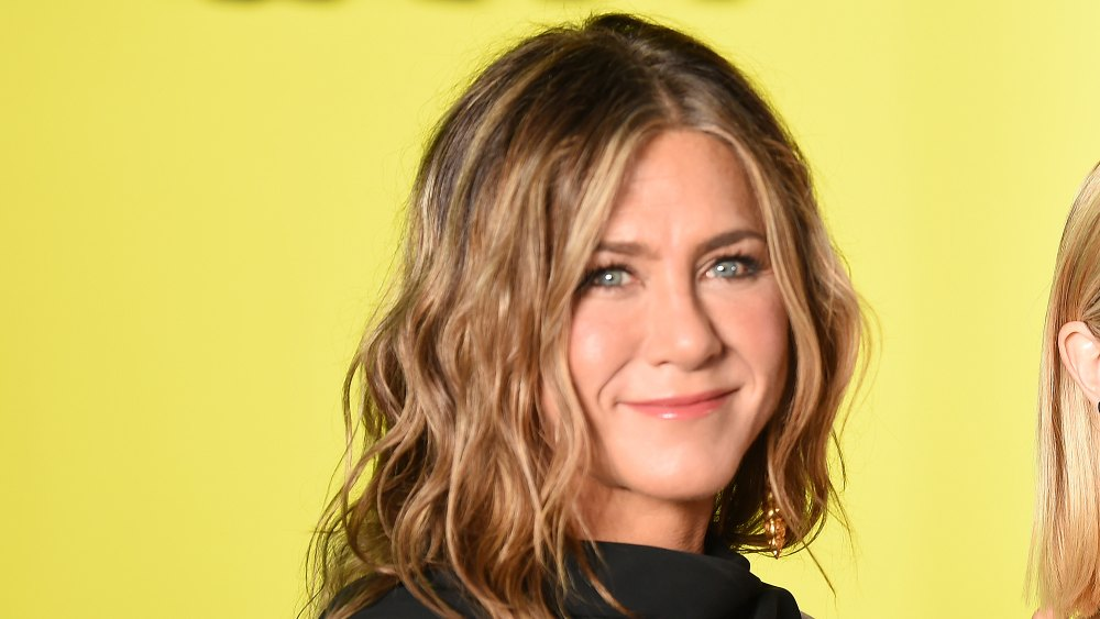 This Gloss Is Key for Keeping Jennifer Aniston's Iconic Hair 'Really Shiny'