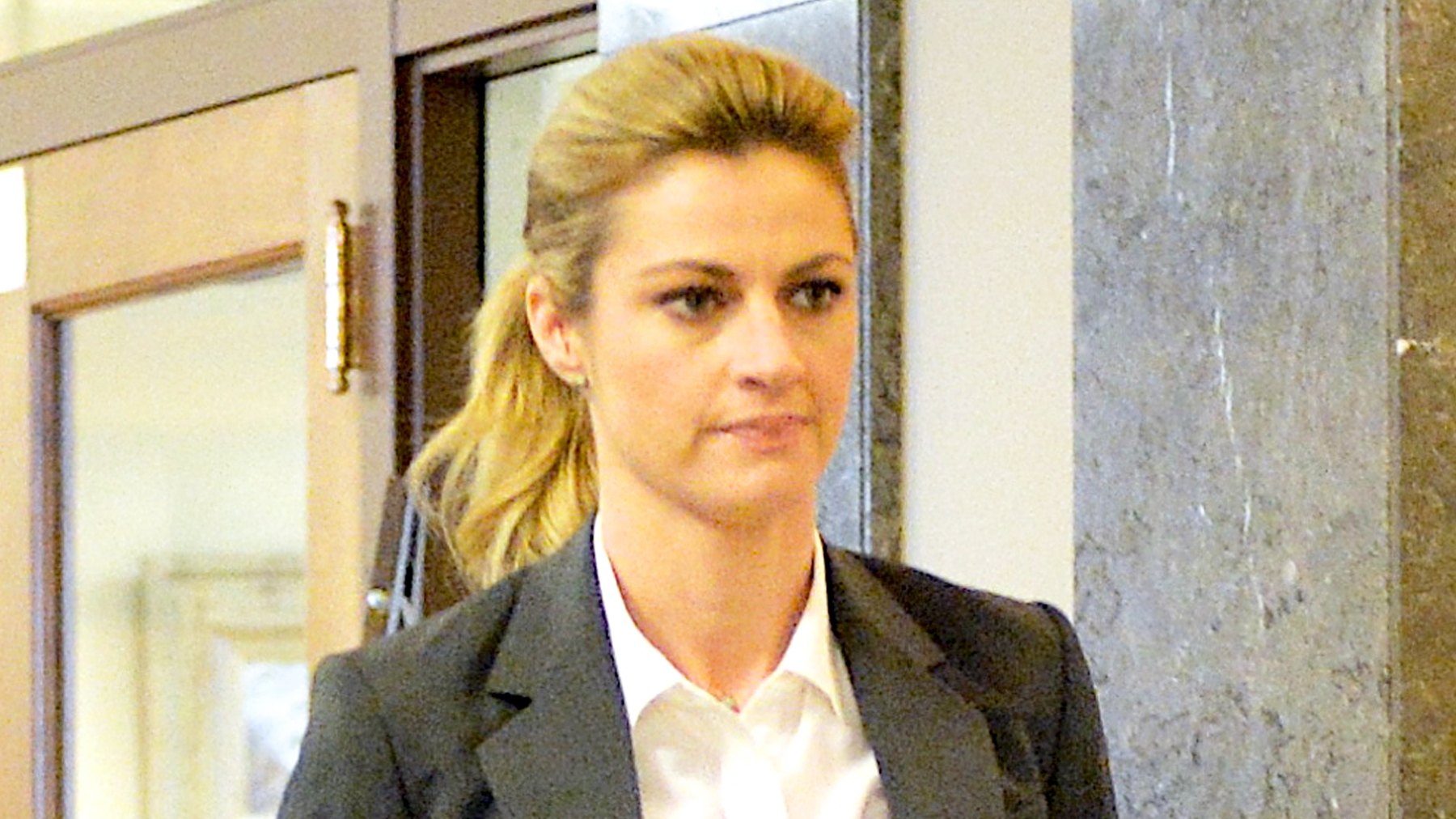 Jury awards TV host Erin Andrews $55 million in lawsuit