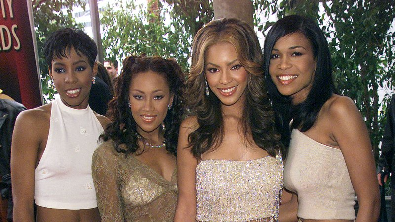 See All of Beyonce's Grammys Looks Through the Years 16