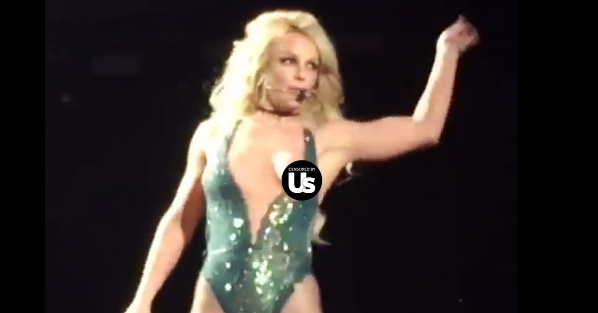 Britney Spears Suffers A Nip Slip On Stage At Las Vegas -6537
