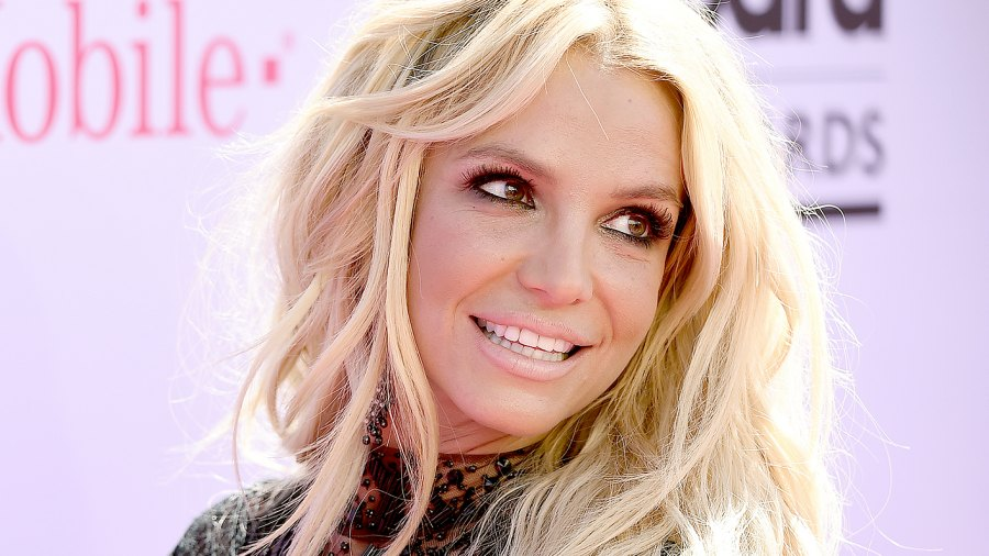 Britney Spears arrives at the 2016 Billboard Music Awards.