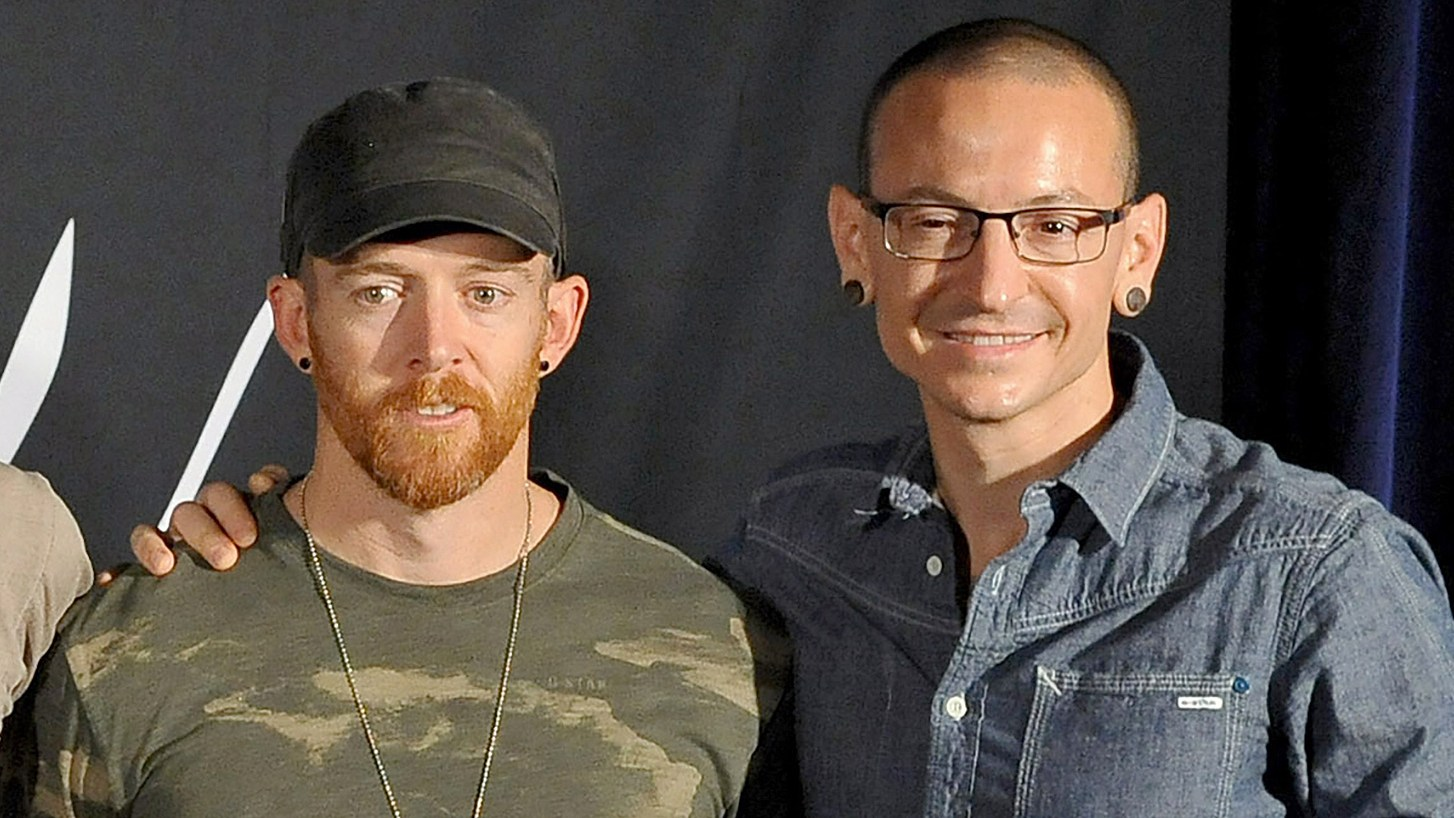 Dave 'Phoenix' Farrell and Chester Bennington