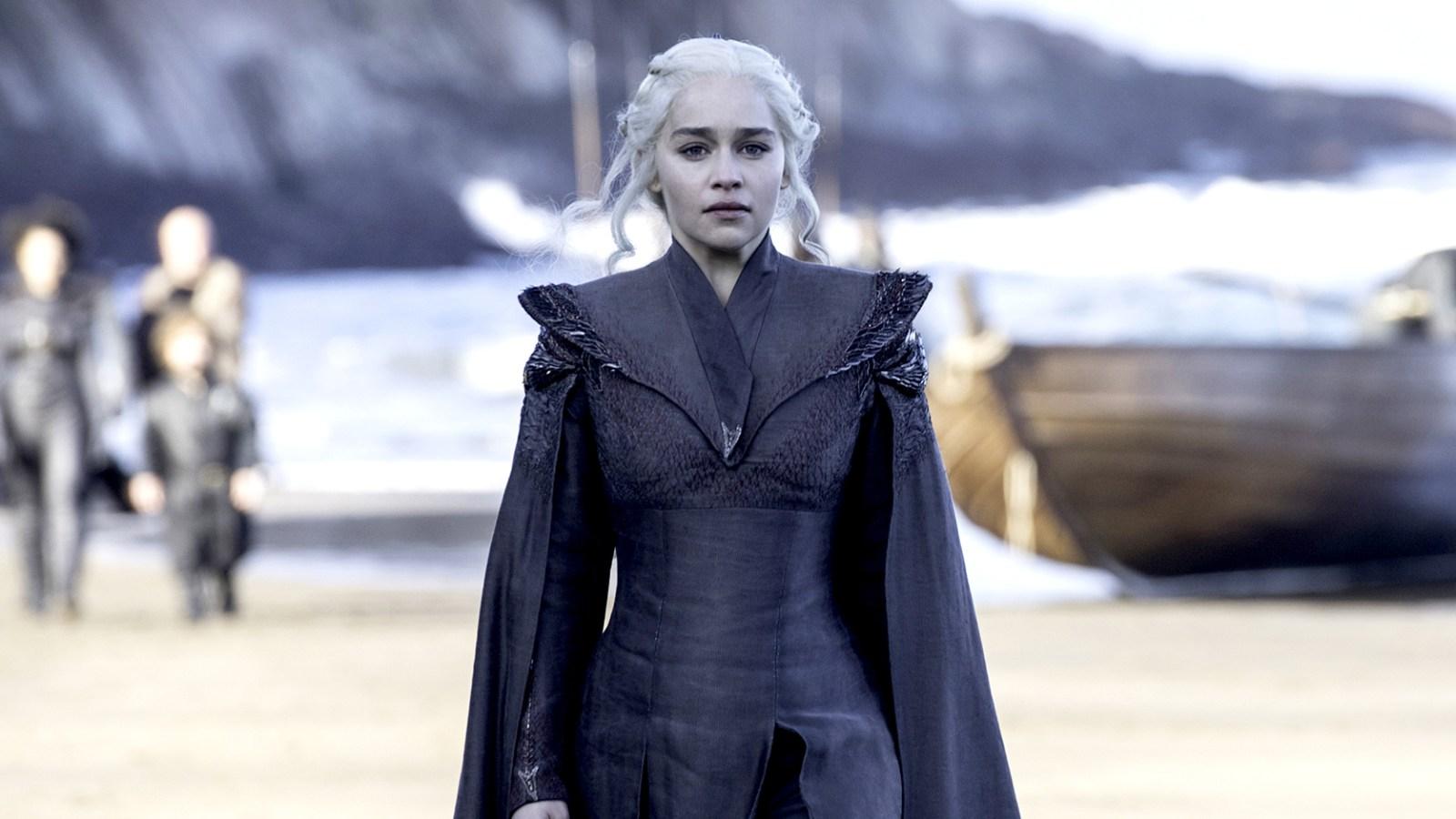 Game Of Thrones Emilia Clarke Talks Shocking Finale Twist