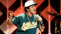 Bruno Mars to Film TV Special at Apollo Theater