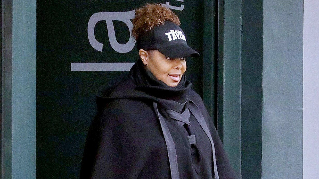 janet-jackson-zoom-ad0d5764-3932-4b64-a401-2f7c7f414c75