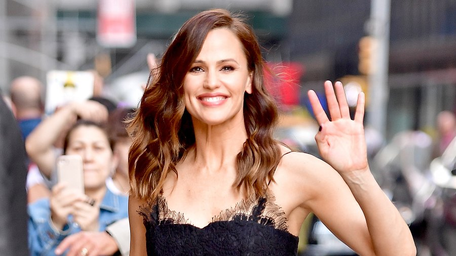 Jennifer Garner arrives to the 'The Late Show With Stephen Colbert' at the Ed Sullivan Theater on May 18, 2017 in New York City.