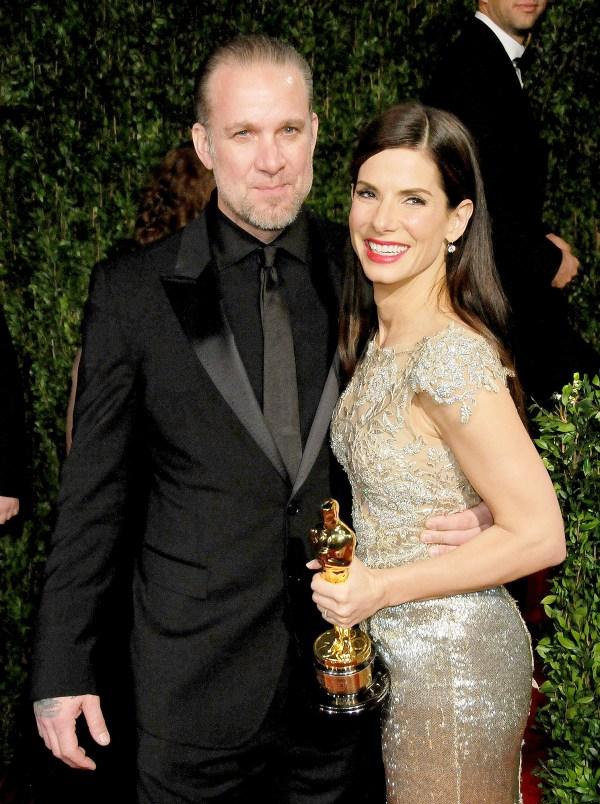 Sandra Bullock and Jesse James Divorce