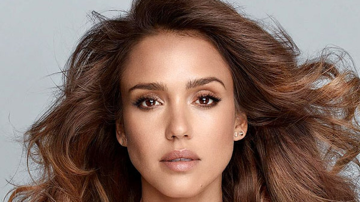 bd7c6d3b870b Jessica Alba's Honest Beauty Launches Haircare: Details