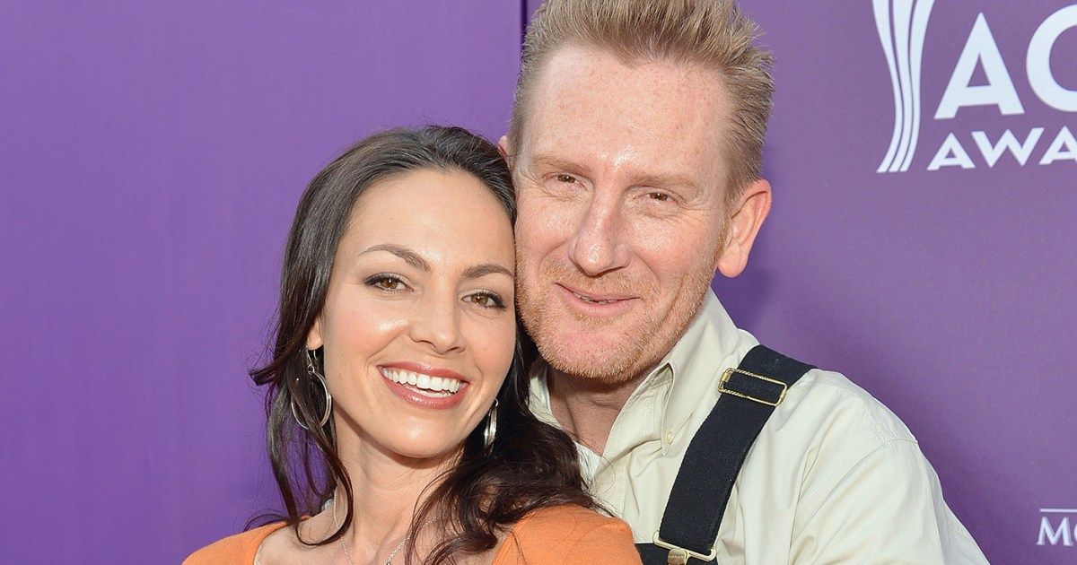 Rory Feek Remembers Wife Joey On First Anniversary Of Her