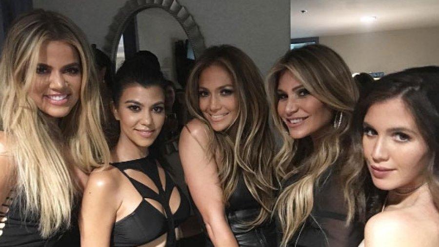 Kourtney and Khloe Kardashian hang with J.Lo, Jessica Alba and Meghan Trainor in Vegas