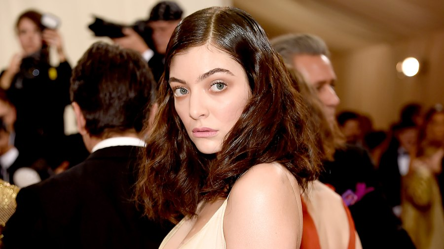 """Lorde attends """"Manus x Machina: Fashion In An Age Of Technology"""" Costume Institute Gala at Metropolitan Museum of Art on May 2, 2016 in New York City."""