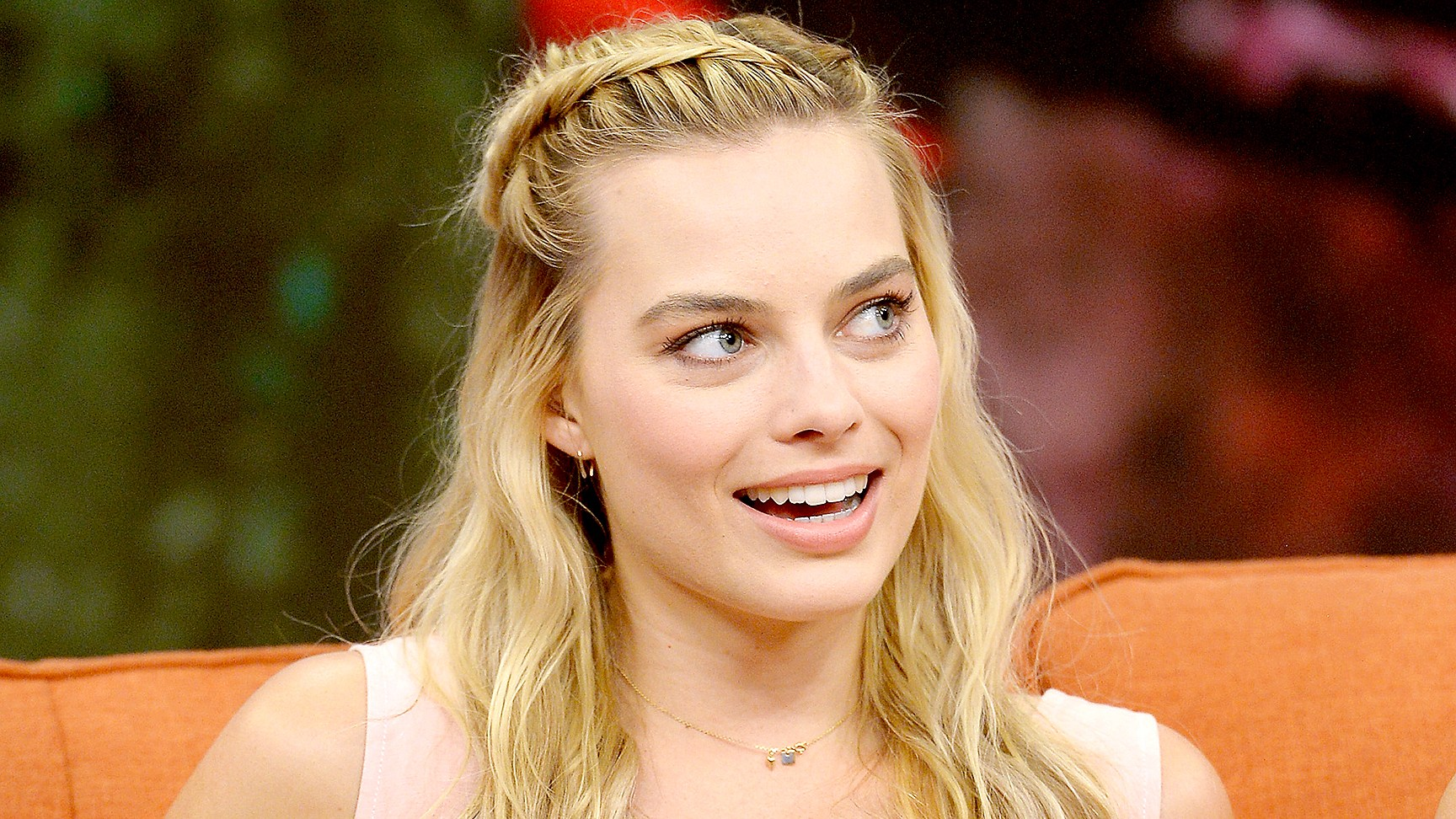"Margot Robbie on the set of Univisions ""Despierta America"" to support the film ""suicide Squad"" at Univision Studios on July 25, 2016 in Miami, Florida."