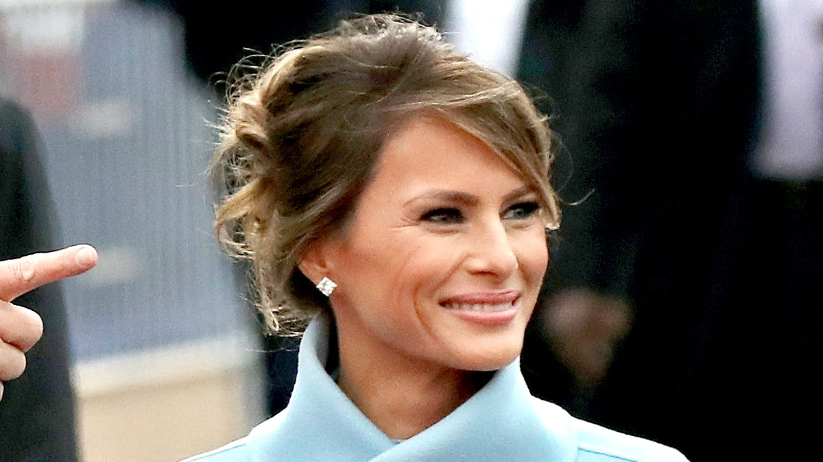 Melania Trumps Inauguration Hairstyle How To Details