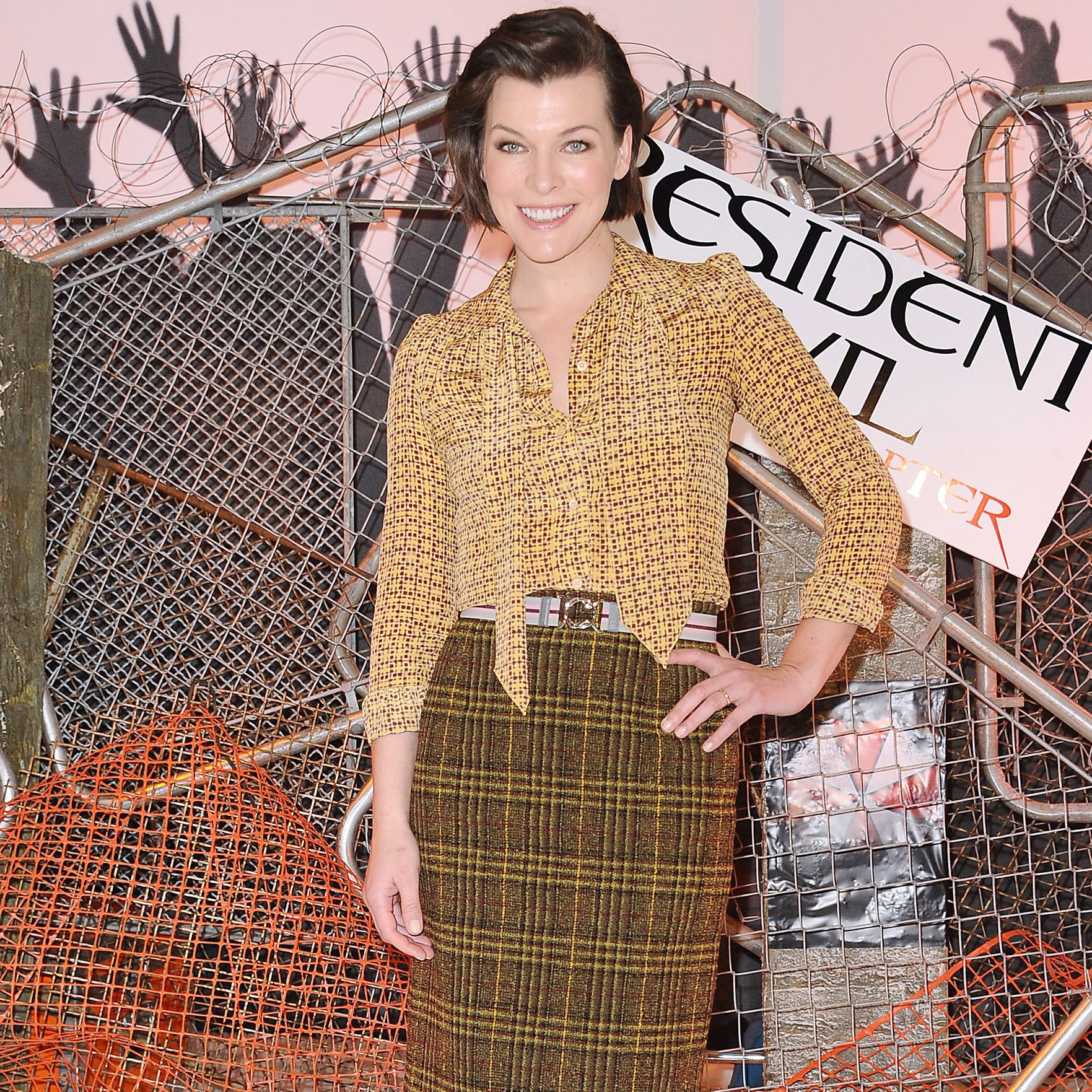 Milla Jovovich What's in my bag