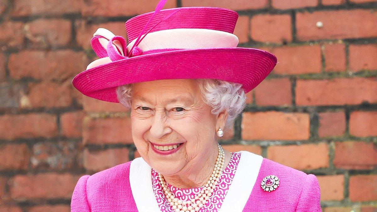 Queen Elizabeth calls Chinese Officials Very Rude