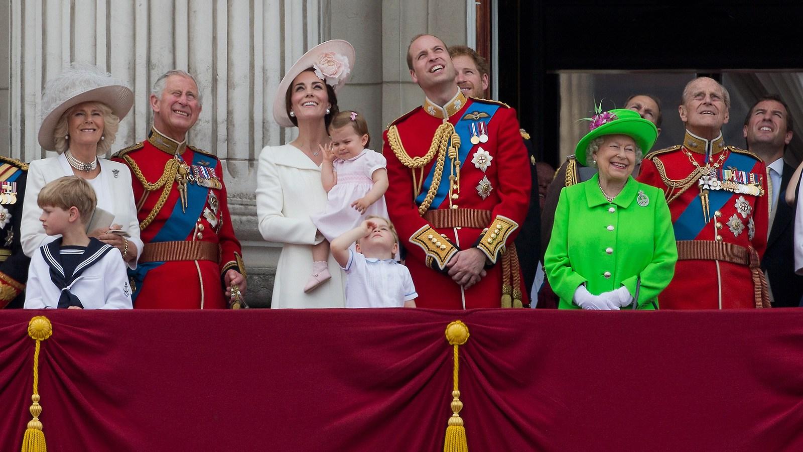 Queen Elizabeth, Prince William, Princess Charlotte, Princess kate,
