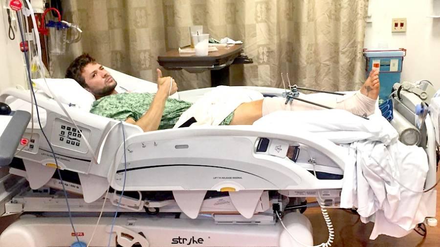 ryan-phillippe-hospital-fa0e4802-bcbc-48bd-94b7-52af6e2e536e