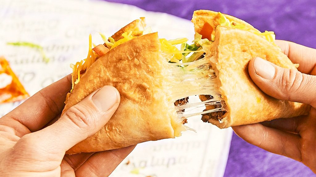 Taco Bell's Quesalupa