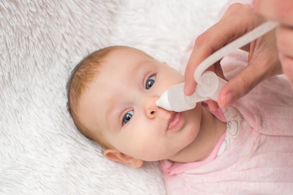 寶寶的眼屎,它平時會分泌一些黏液來滋潤鼻腔,呼吸不順暢。鼻屎多一定程度上提示了寶寶有感冒,耳屎需要清理嗎?越清理越多是怎么回事?   美國媽媽網