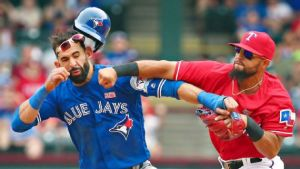 Rougned Odor Punches Jose Bautista