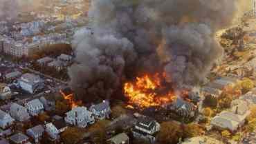 क्यालिफोर्नियामा विमान दुर्घटना