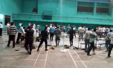 प्रमुख निर्वाचन अधिकृत र माओवादी प्रतिनिधिको मिलेमतोमा मतपत्र च्यातियो