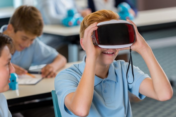 Virtual Reality Improve Education Knowledge Bank