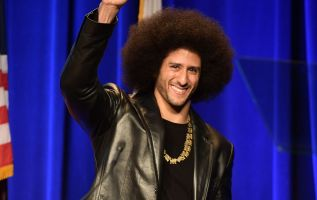 Colin Kaepernick featured in Nike 'Just Do It' campaign  3