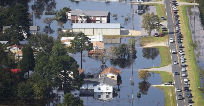 Private insurers rise against federal flood program 2