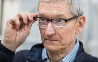 Apple stock history shows rout continuing 2