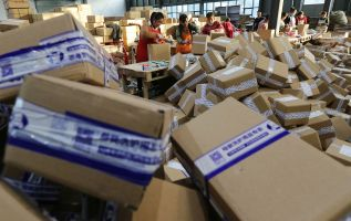 Southeast Asia's e-commerce growth accelerating 2
