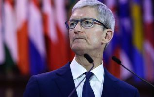 Why Apple accepts billions from Google 2