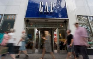 Gap set to shut its Fifth Avenue store next month 4
