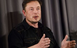 Elon Musk says Tesla to pay customers for missed tax credits 2