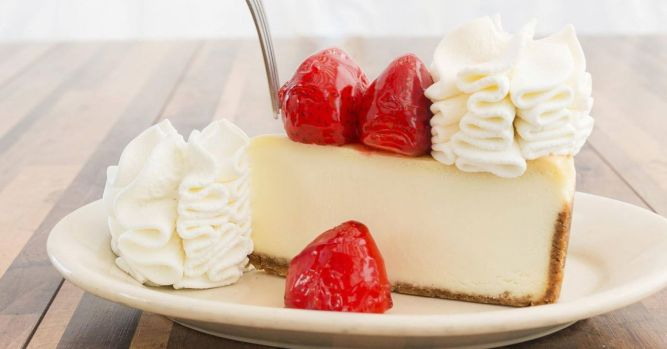 Cheesecake Factory's free cheesecake promotion goes awry; one arrested 1