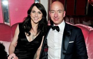 How much could Mackenzie Bezos get in a divorce? 3