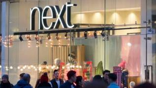 Next sales boosted by late Christmas surge 4