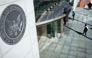 International stock trading scheme hacked into SEC database, Justice Dept. says 3