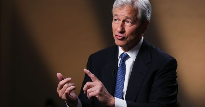 JP Morgan misses on profit expectations for first time in 15 quarters 1