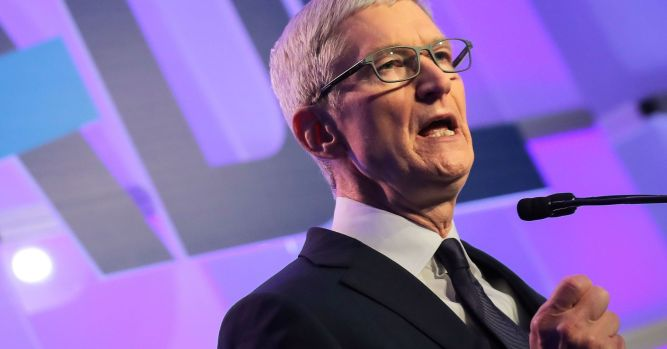 Apple's fall from grace on Wall Street may have wide investor fallout 6
