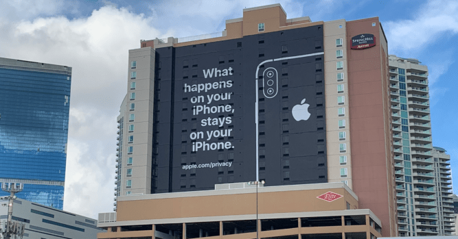 Apple has a huge privacy ad at CES 2019 3