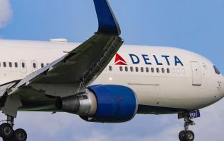 Delta's fourth-quarter earnings top expectations, revenue in line 3