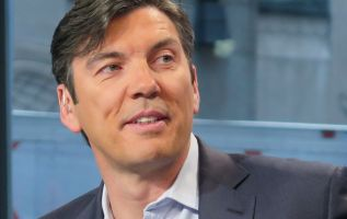 Tim Armstrong launches the dtx company, focused on direct-to-consumer 3