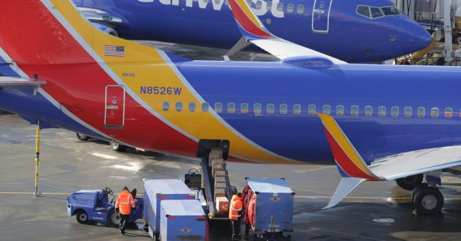 Southwest Airlines grounds more jets due to maintenance issues 4