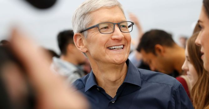 Needham upgrades Apple to strong buy, sees 20% rally in the next year 1