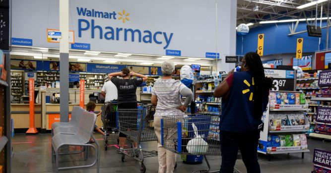Walmart sends employees to top hospitals out of state for treatment 1