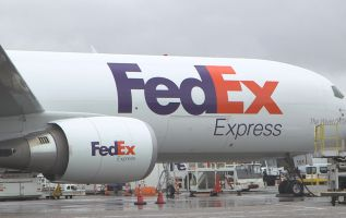 FedEx should delay Boeing purchases and increase buybacks: BofAML 2